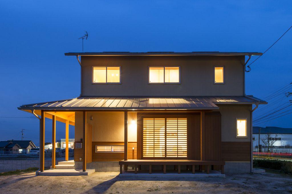 自然素材が心地いい。 お気に入りに囲まれて過ごしたくなる家