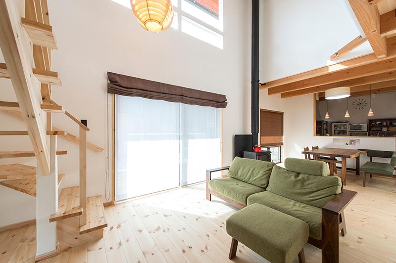 高気密高断熱の家では、石油ストーブなどは使えません。
