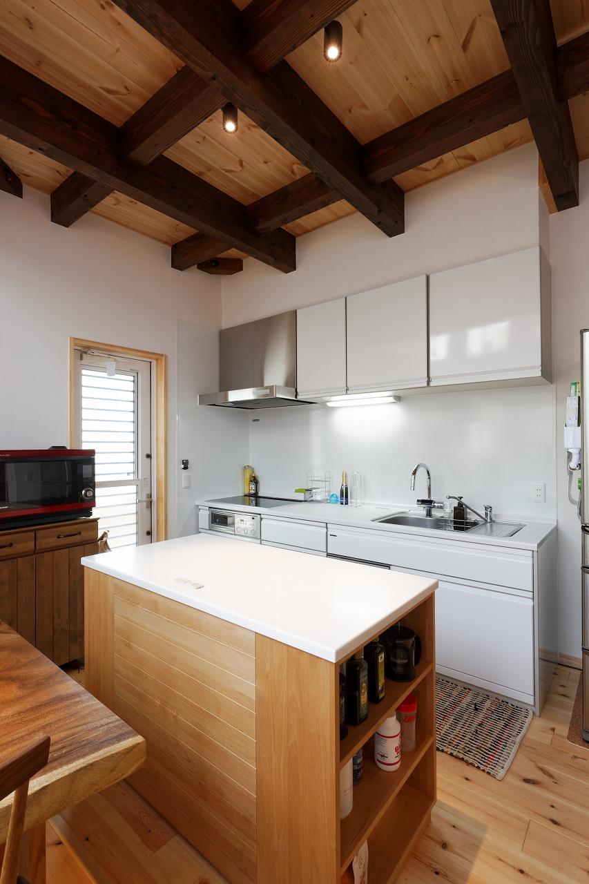 デザインも素材も妥協しない 理想を叶えたマイホームが完成。_キッチン