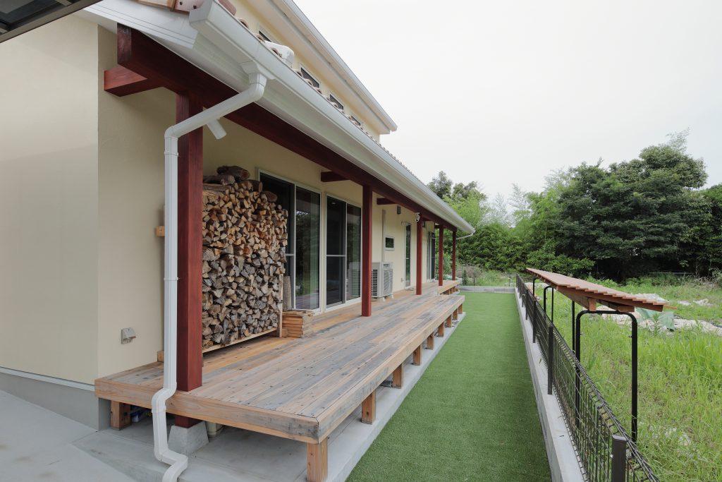 自然豊かな環境に佇む プロヴァンス風の平屋物件